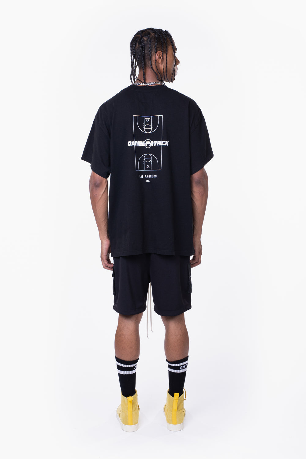 DP court tee / black