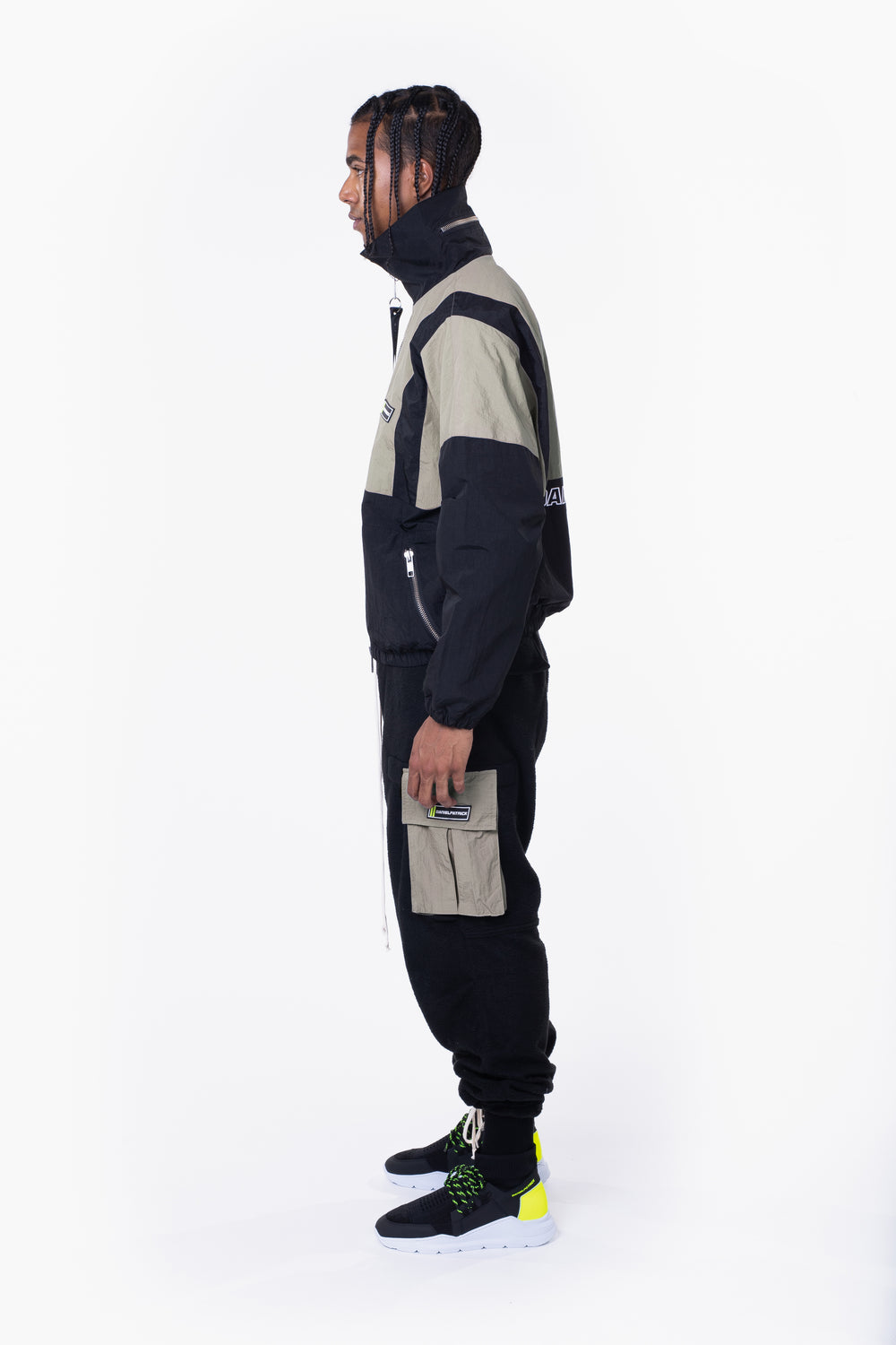 2020 track jacket / smog grey + black