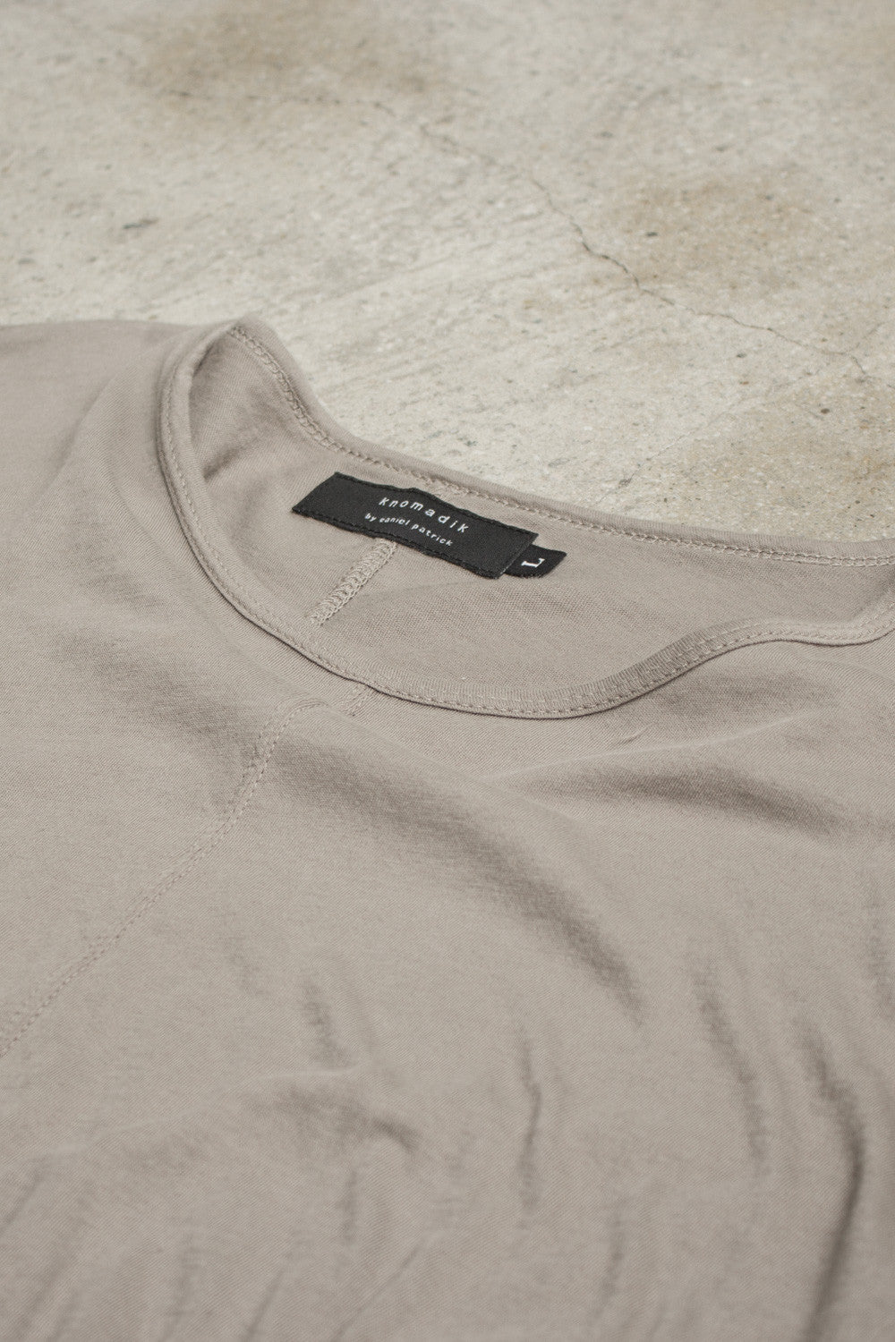 closeup of loose t-shirt