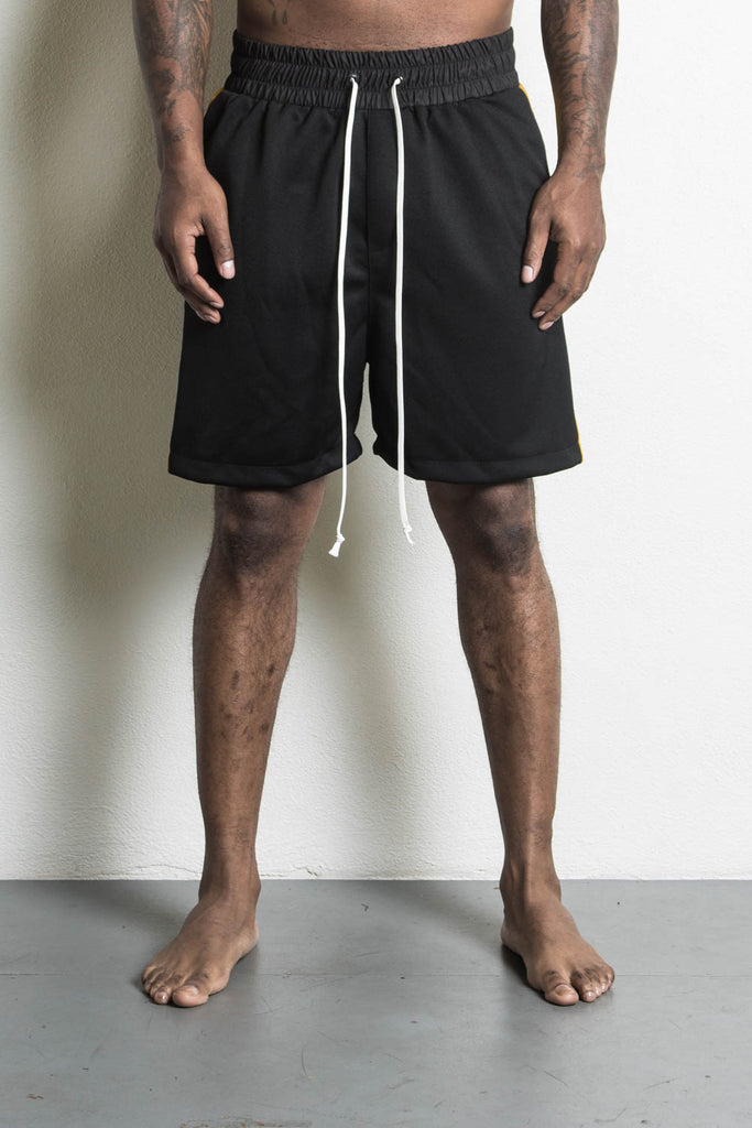 roaming gym short in black/yellow by daniel patrick