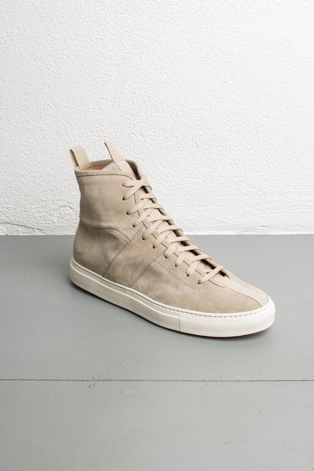 the best attitude f3b1a 2b8fd high top roamer | sand