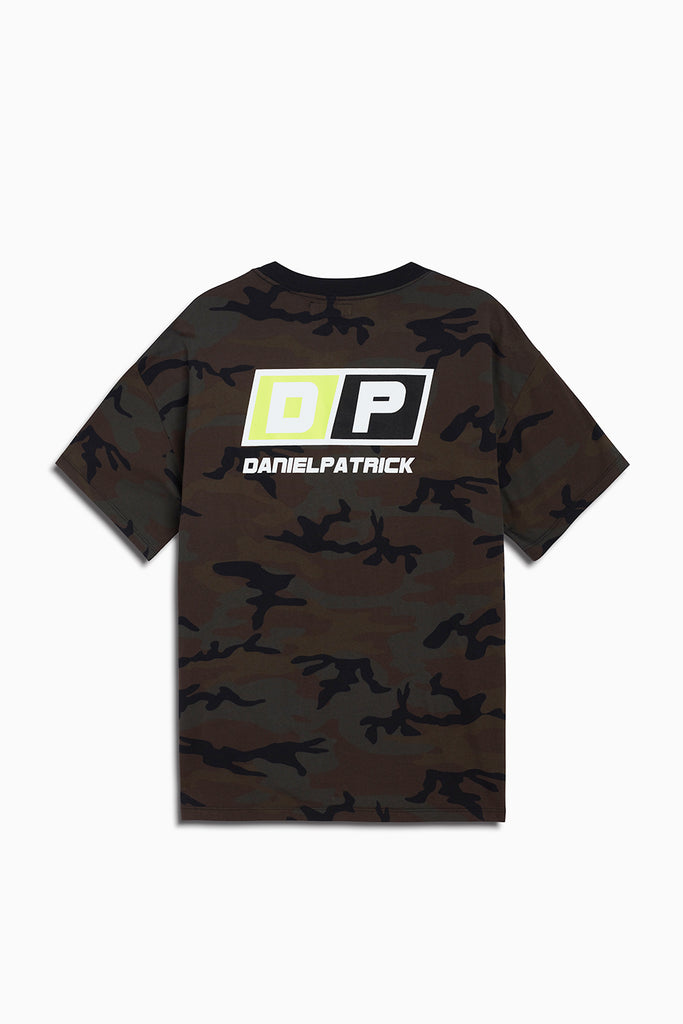 motorsport tee / camo + neon yellow