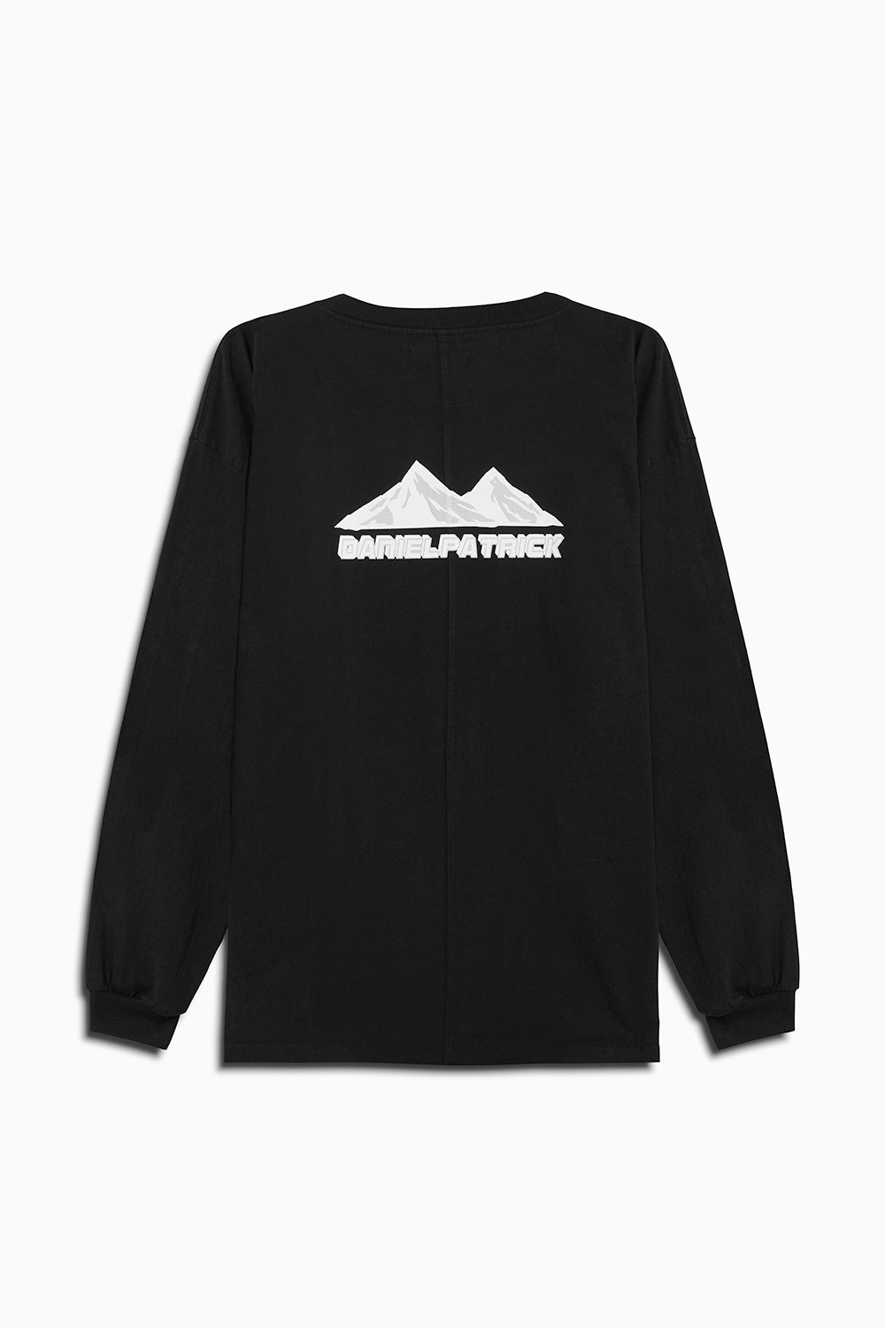 moving mountains l/s tee in black by daniel patrick