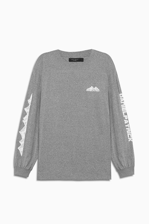 moving mountains l/s tee in heather grey by daniel patrick