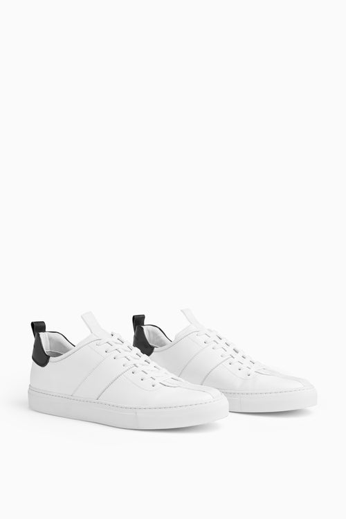 low roamer in white/black by daniel patrick