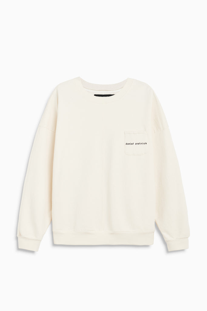 pocket crew sweat in natural/black by daniel patrick
