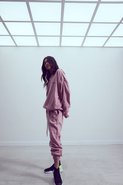 roaming track pant ii / blush + red