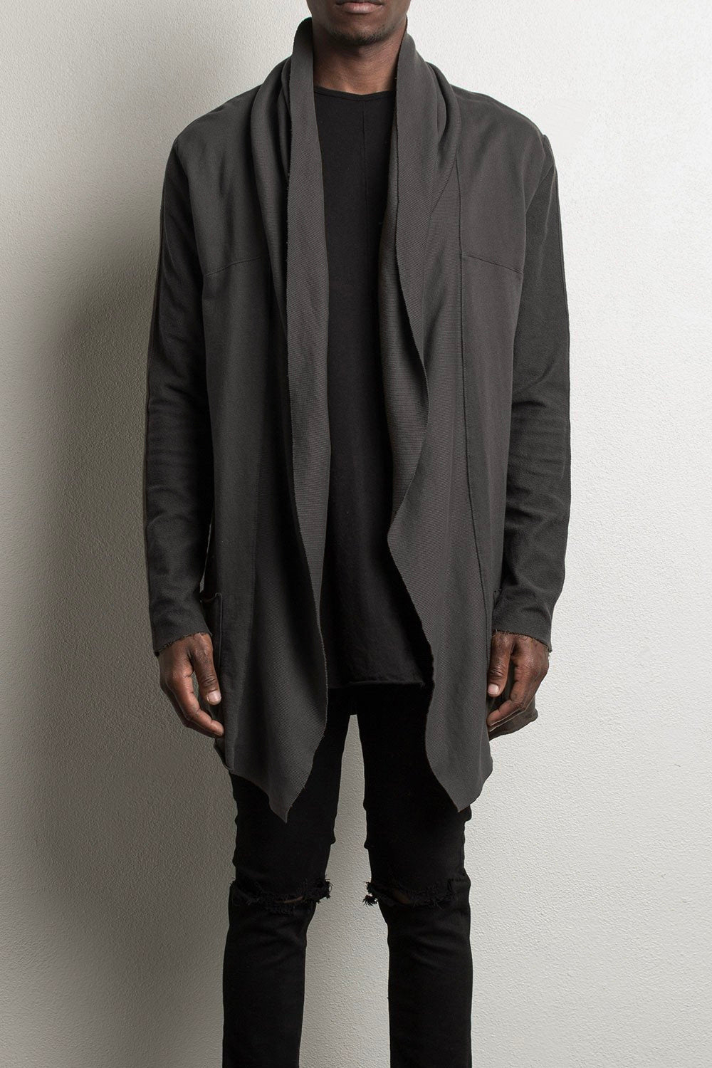 shield cloak ii / vintage black