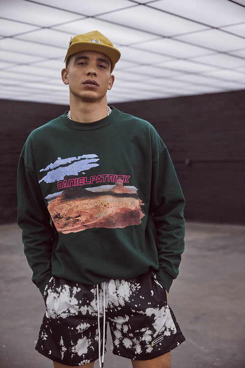 utah desert bungee sweatshirt / hunter green