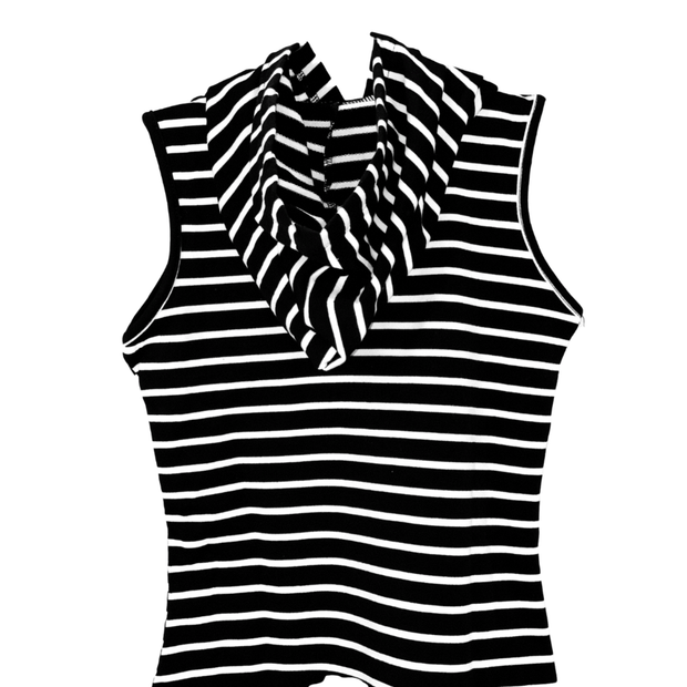 Young and Free short sleeve dress Black & White Sleeveless Dress