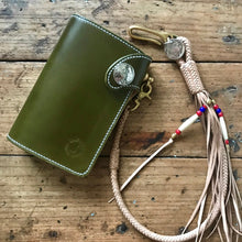 Load image into Gallery viewer, Medium Wallet - Shinki Hikaku Olive Green Shell Cordovan