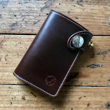Load image into Gallery viewer, Medium Wallet - Horween Chestnut Chromexcel