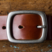 Load image into Gallery viewer, Belt - Tärnsjö Saddle Tan Veg Tanned Leather