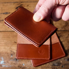 Load image into Gallery viewer, Card Wallet - Tärnsjö Saddle Tan Veg Tanned Leather
