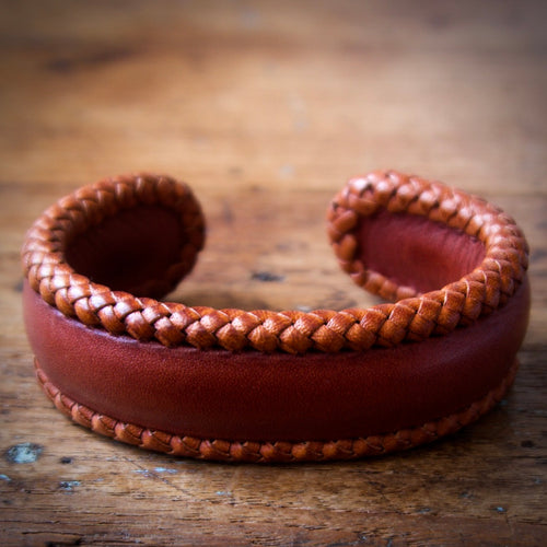Braided Cuff Bracelet - Saddle Tan Tärnsjö Veg Tanned