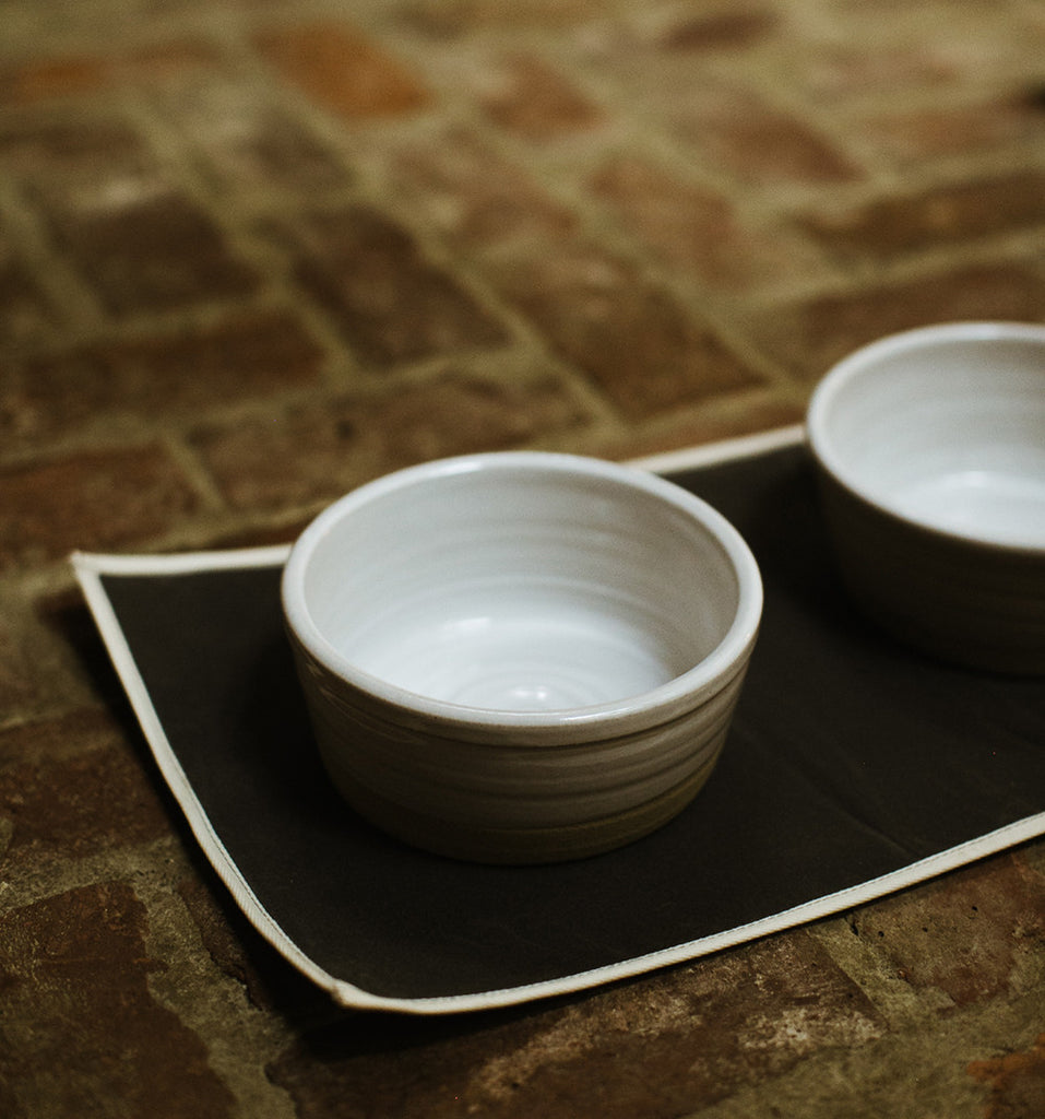farmhouse pottery dog bowl with cotton mat