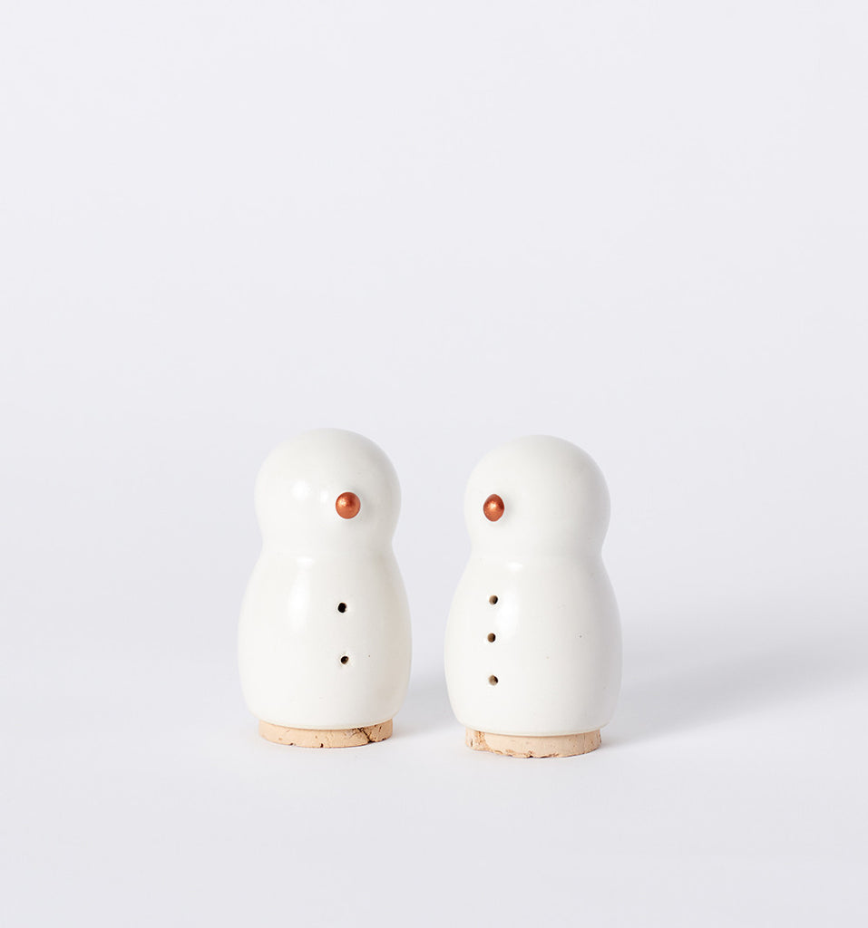 pigeon toe snowman salt & pepper shakers