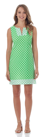 Carissa Shift Dress in Linked Lattice Grass