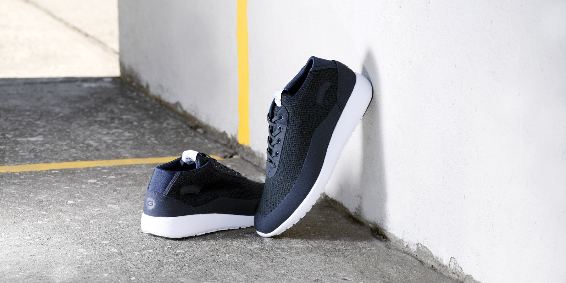 The Bab - Cadet Navy // White Sole
