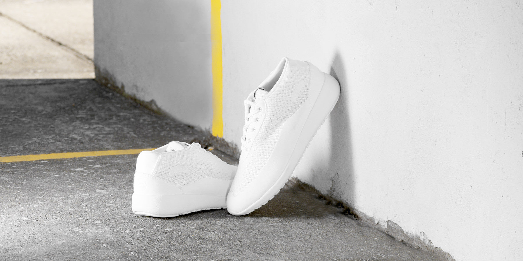The Bab - Ghost White // White Sole