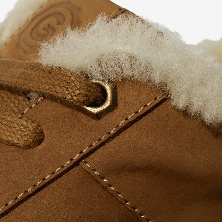 The Royale Shearling - Chestnut/Gum
