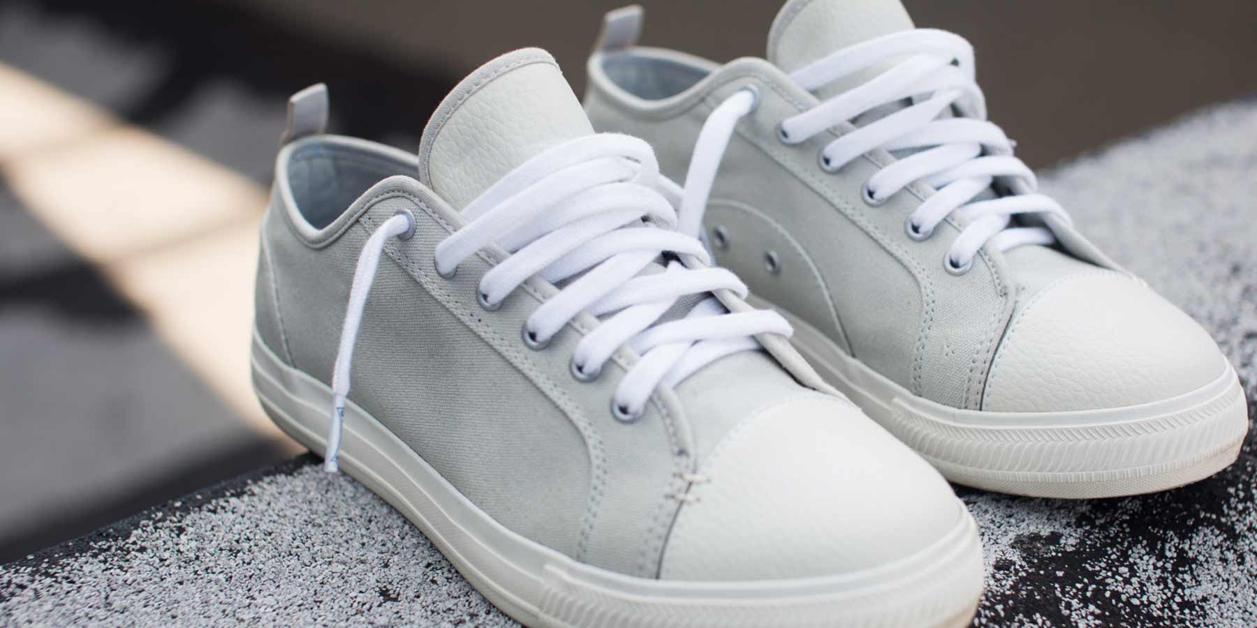 The Wilson - Light Grey // White Sole