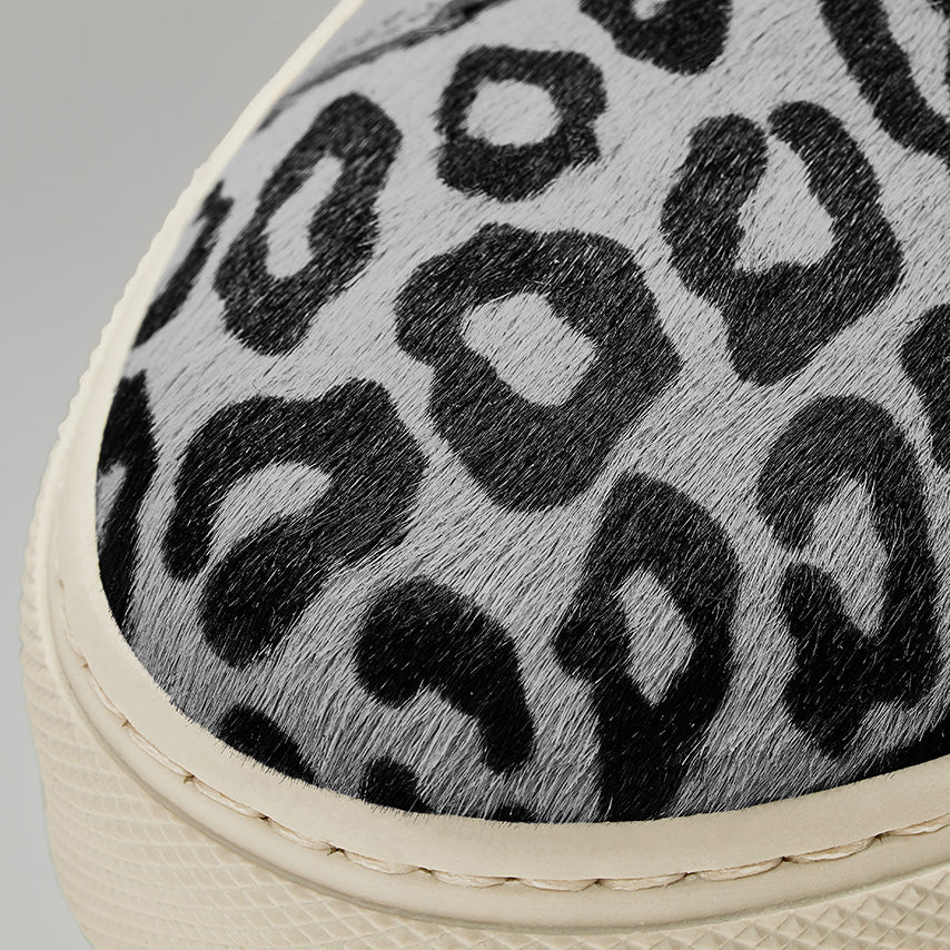 Detailed view of the toebox the Women's Royale Sneaker in Snow Leopard.
