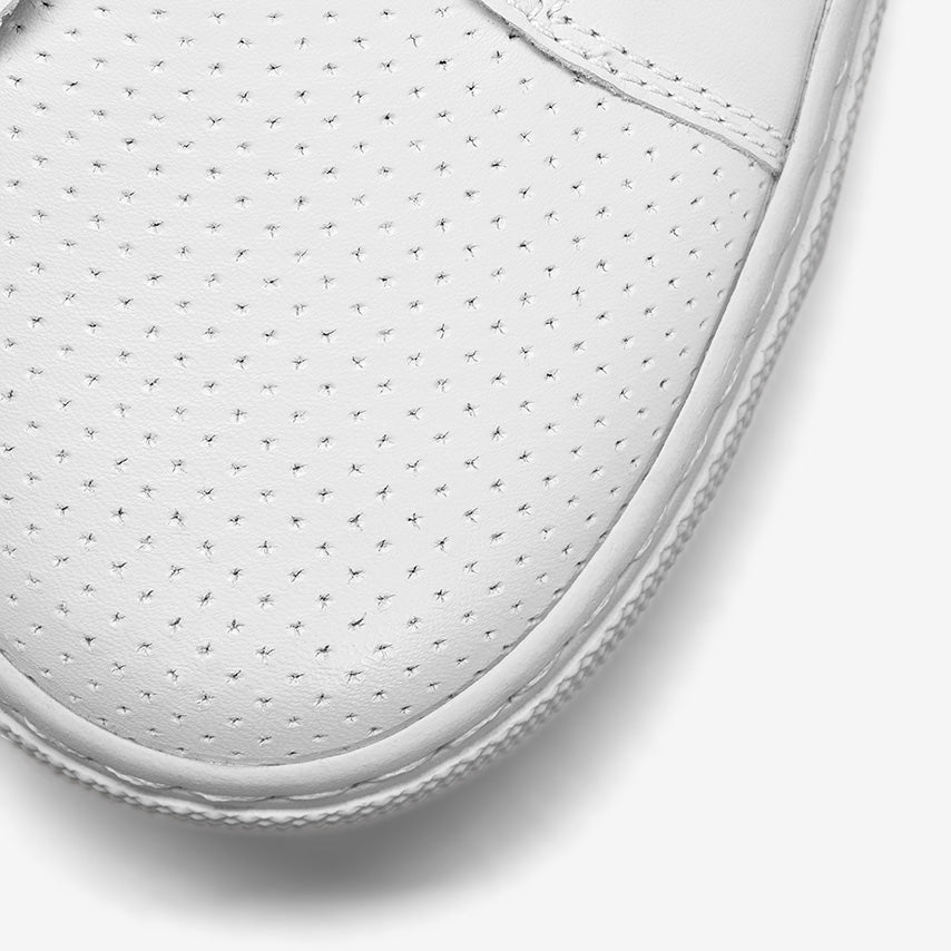 The Royale Perforated Women's - Blanco
