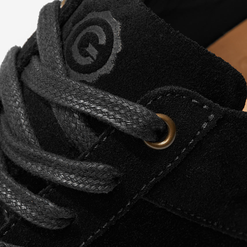 The Royale Suede Women's - Black/Gum