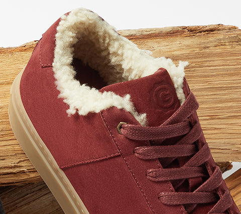 The Royale Shearling Women's - Wine/Gum