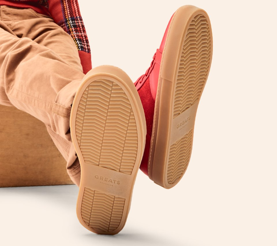 The Royale - Red / Gum