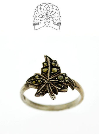 Vintage Sterling Silver Leaf Ring