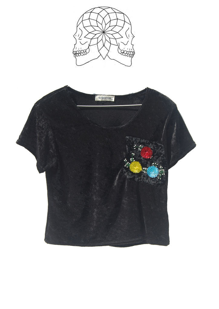 "Black Velvet Cropped T-shirt floral sequin motif Vintage 1980s  36"" chest"