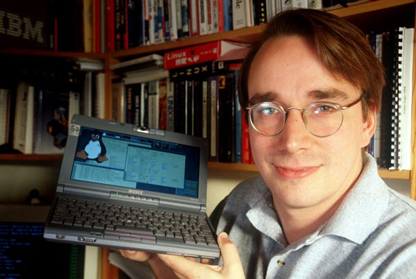 Linus Torvalds with the Linux kernel