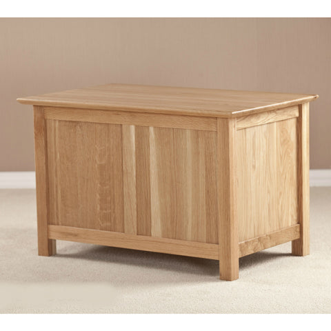 Ashton Oak Small Blanket Box