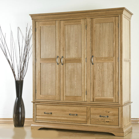 Montpelier Oak Triple Wardrobe With Drawers
