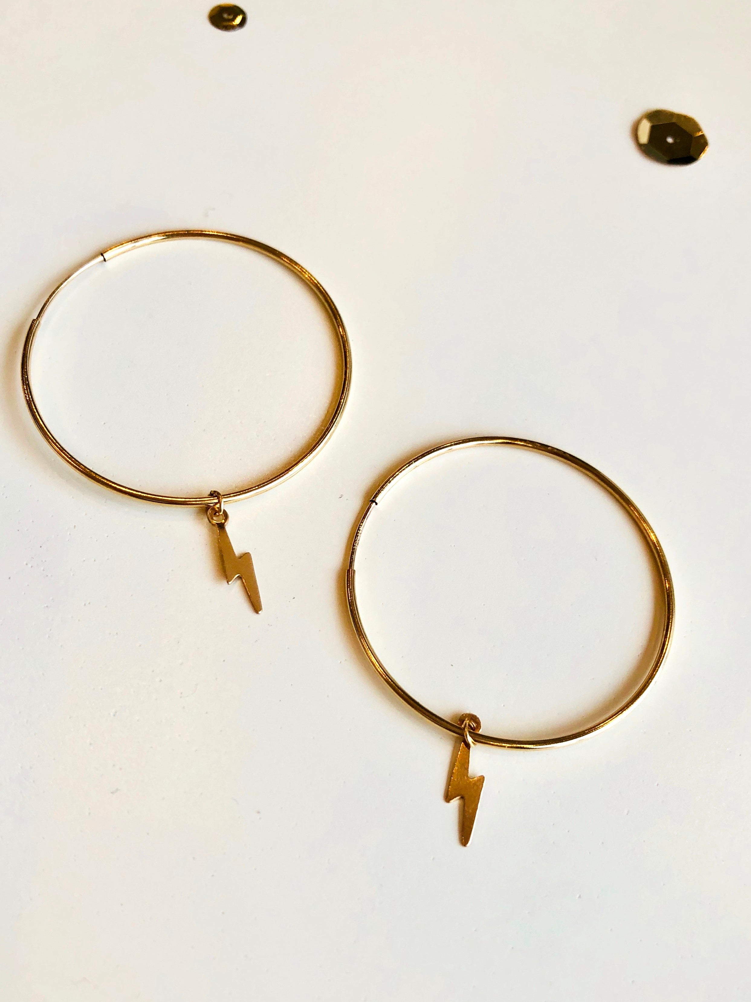Endless Hoop Bolt Earrings