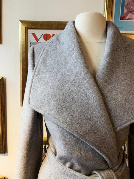 Wide Collared Wrap Coat - Grey