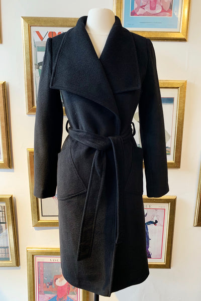 Wide Collared Wrap Coat - Black
