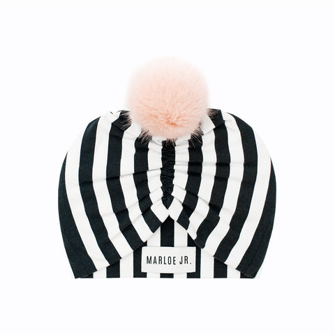 SIGGE Frilly Beanie Black/White