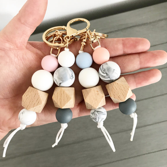 Keychain - Key Chain - Silicone beads - Gold Key chain - Gold - Modern Keychain