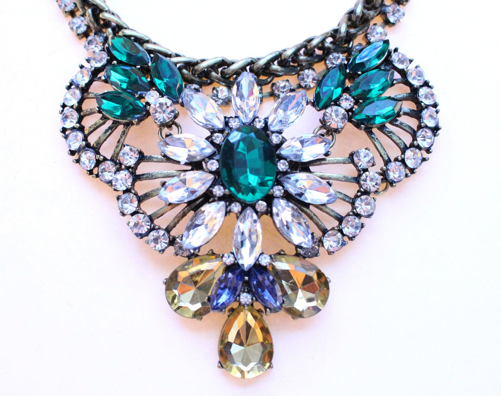 Rustic Glam Crystal Pendant Statement Necklace-Emerald