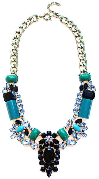 Luxe Crystal-Encrusted Collar Statement Necklace- Emerald