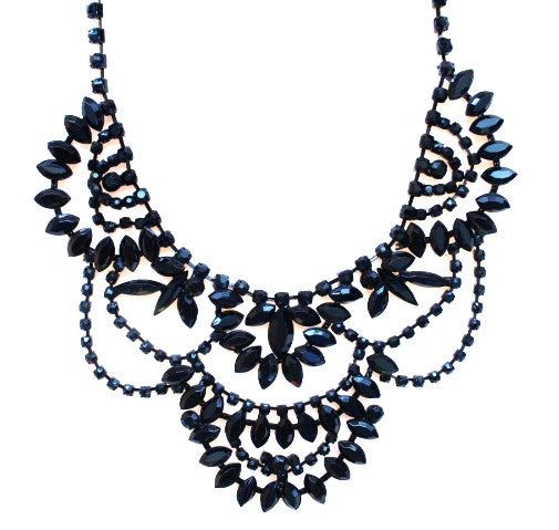 Elegant Romance Necklace