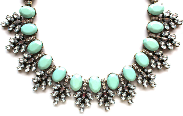 Luxe Mint Leaves Frosting Statement Necklace