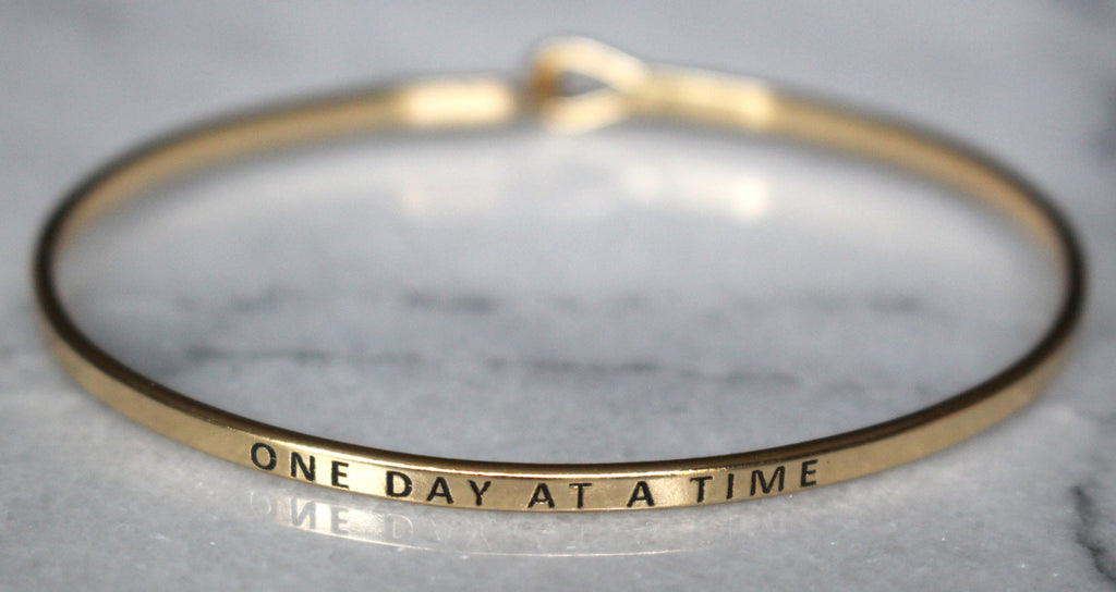 'One Day At A Time' Dainty Bangle Bracelet-Gold