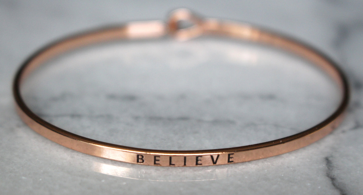 bracelet arrow jewelry loves accessories in inspirational engraved from brave bangles gift for be item women wedding bracelets and men going keep