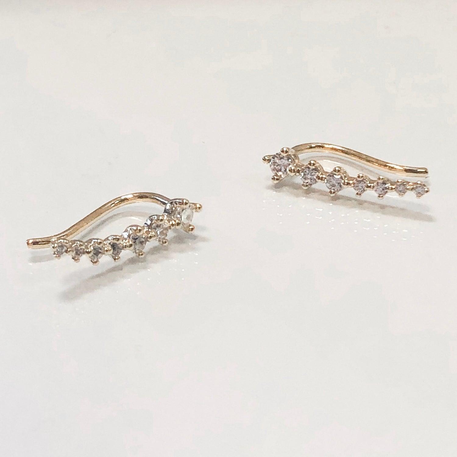 Janet Ear Crawler Earrings- Gold