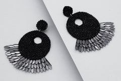 Marissa Shell Spike Earrings- Black