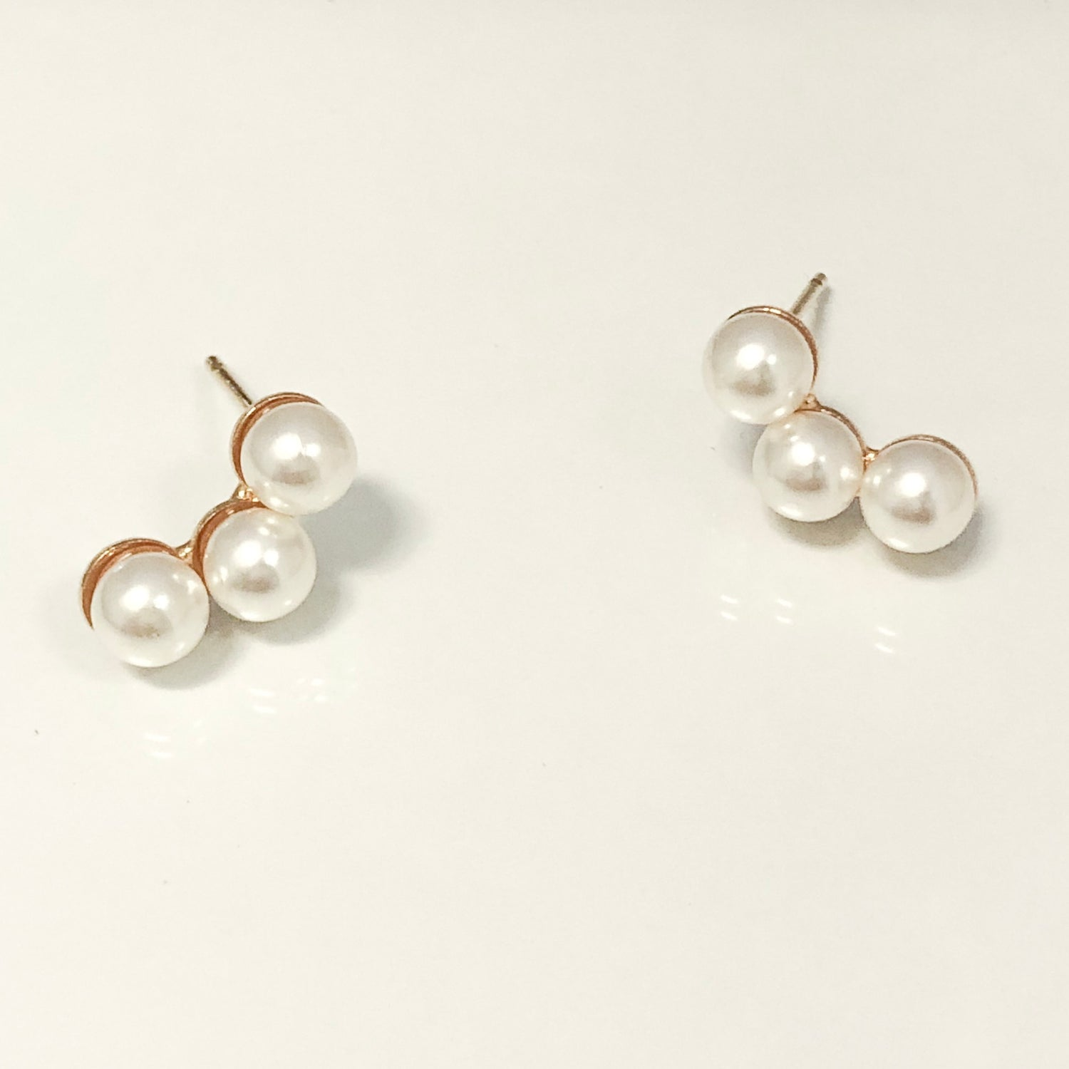 Samantha Pearl Ear Crawler Stud Earrings